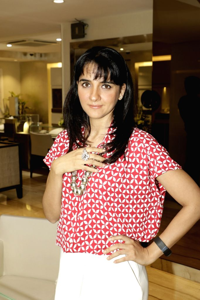 Shruti Seth arrives for a discussion on summer style and beauty trends by Zoya boutique in Mumbai on April 20, 2016. - Shruti Seth
