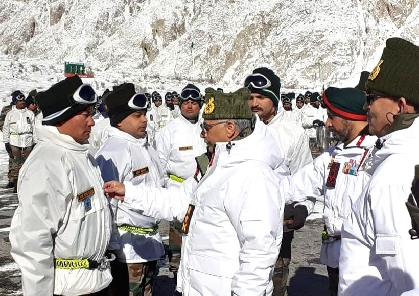 Siachen: Chief of Army Staff General M.M. Naravane during his maiden visit to the forward posts in Siachen sector, after assuming charge, on Jan 9, 2020. He was accompanied by Lieutenant General YK Joshi, Chief of Staff, HQ Northern Command and Lieut - General Harinder Singh