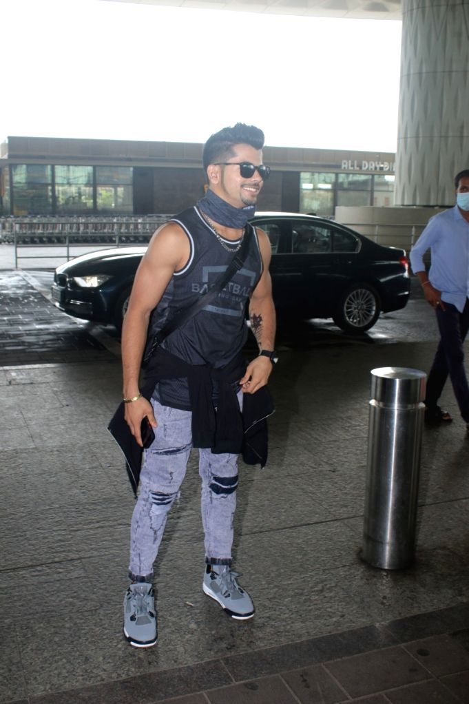 Siddharth Nigam Spotted at Airport Departure On Wednesday, 16 June,2021.