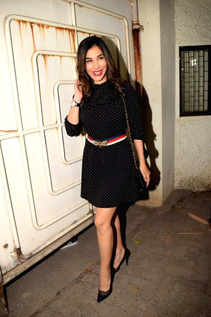 """Signer Sophie Choudry at the special screening of film """"Blackmail"""" in Mumbai on April 5, 2018."""