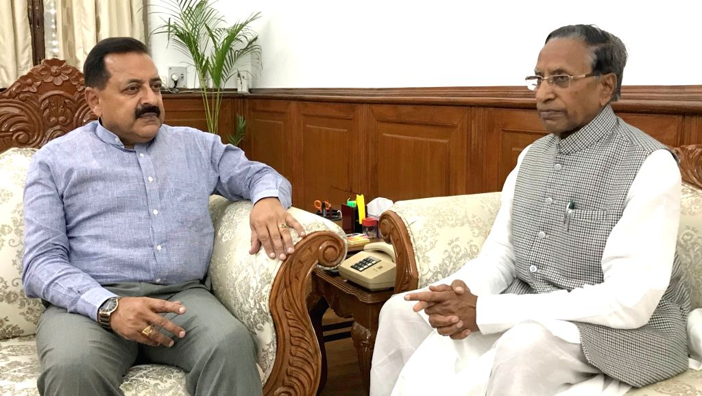 Sikkim Governor Ganga Prasad meets Minister of State for Development of North Eastern Region (I/C), Prime Minister???s Office, Personnel, Public Grievances and Pensions, Atomic Energy and ... - Jitendra Singh