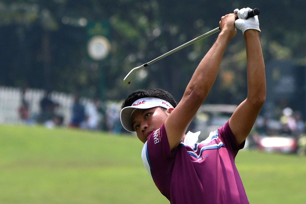 SINGAPORE, Jan. 20, 2018 - Thailand's player Danthai Boonma competes in the SMBC Singapore Open held in Singapore's Sentosa Golf Club on Jan 20, 2018.