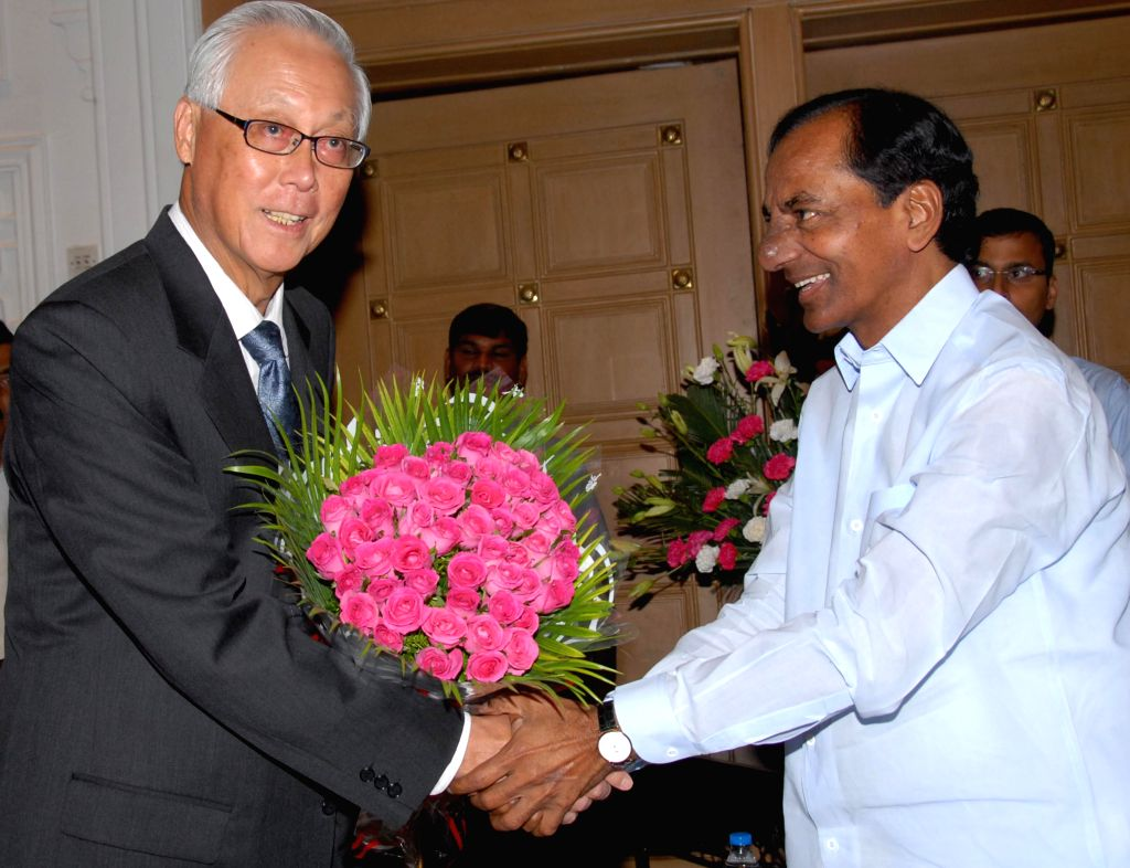 Singapore's former Prime Minister Goh Chok Tong during a meeting with Telangana Chief Minister K Chandrasekhar Rao in Hyderabad on Sept 8, 2014. - K Chandrasekhar Rao