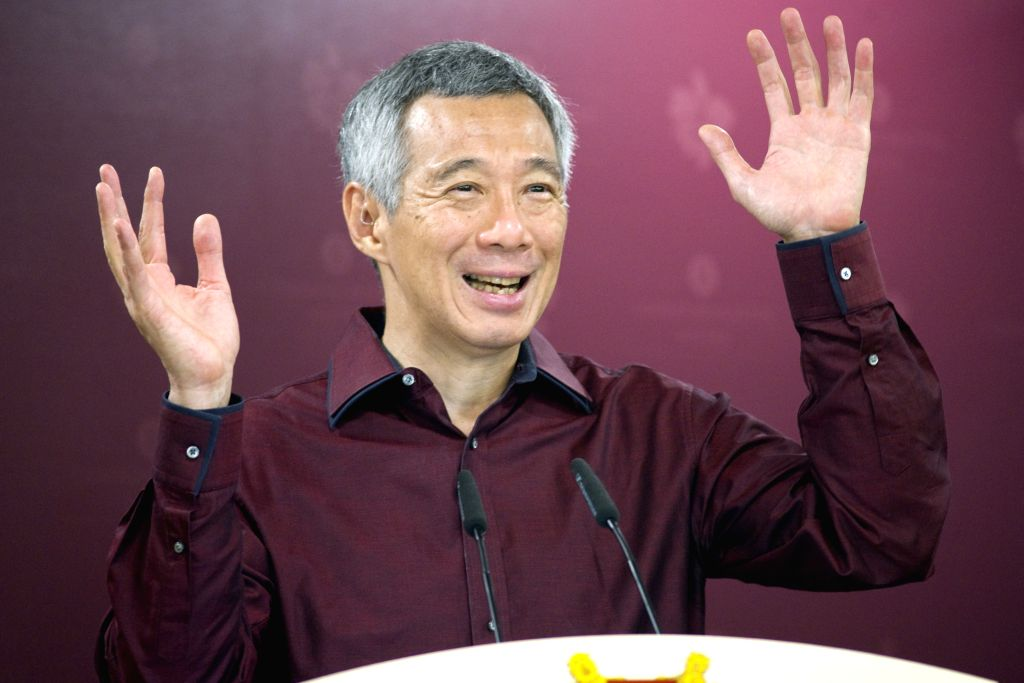 Singapore's Prime Minister Lee Hsien Loong attends an unveiling ceremony in Singapore, Aug. 18, 2015. Singapore's Prime Minister Lee Hsien Loong unveiled a set of ... - Lee Hsien Loong