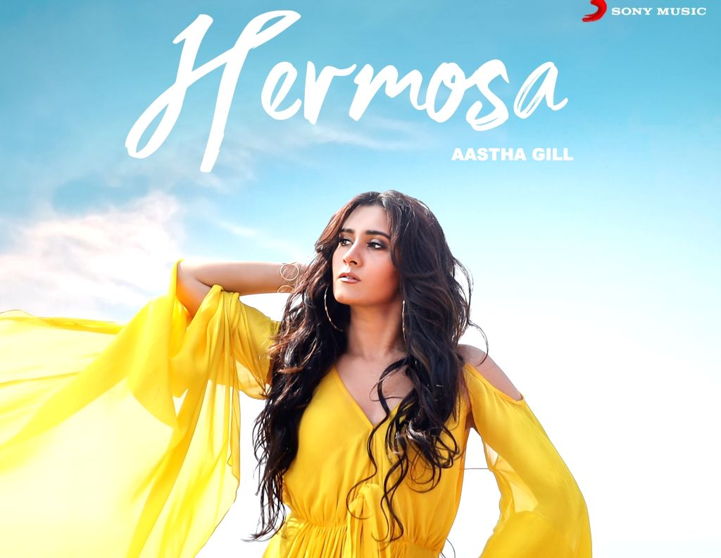 """Singer Aastha Gill has released her new peppy dance number """"Hermosa"""" in collaboration with music duo D Soldierz. The video of the song features actor and model Aashim Gulati along with Aastha and D Soldierz. - Aashim Gulati"""