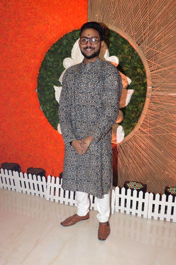 Singer and Bigg Boss 14 fame Jaan Kumar Sanu at North Bombay Sarbojanin Durga Puja Samiti on the occasion of Maha Navami in Mumbai on Thursday October 14, 2021. - Jaan Kumar Sanu