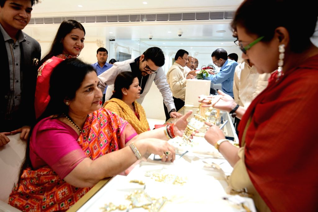 Singer Anuradha Paudwal at a jewellery showroom on the occasion of Dhanteras on Oct 25, 2019.