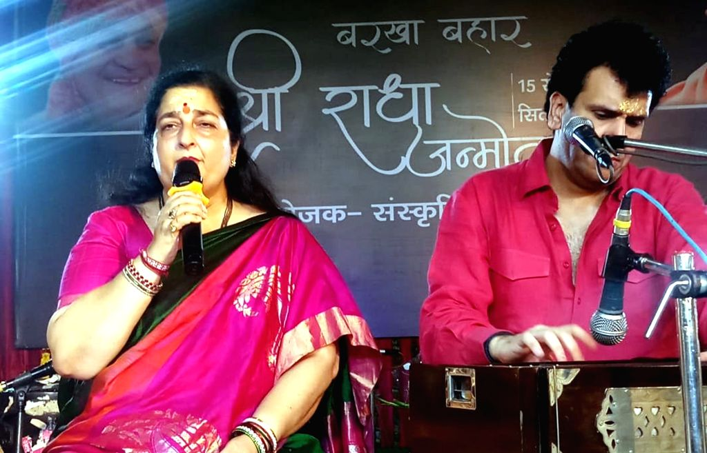 Singer Anuradha Paudwal performs during a programme, in Mathura on Sept 16, 2018.