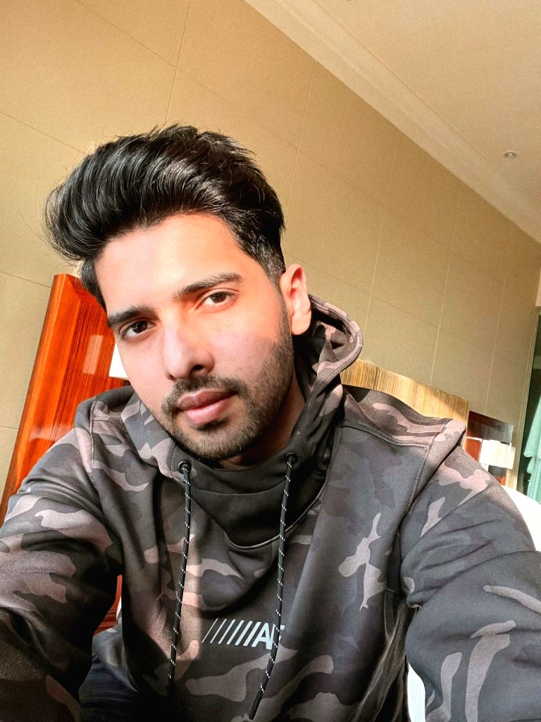 Singer Armaan Malik on Wednesday called himself a deleter. The singer said he prefers to delete negative people and toxic energy from his life. - Malik