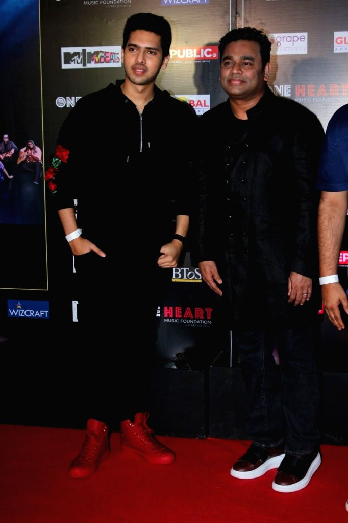 """Singer Armaan Malik with Music Composer A.R. Rahman during the premiere of  """"One Heart - A Concert Film"""" in Mumbai on Sept 7, 2017. - Malik"""
