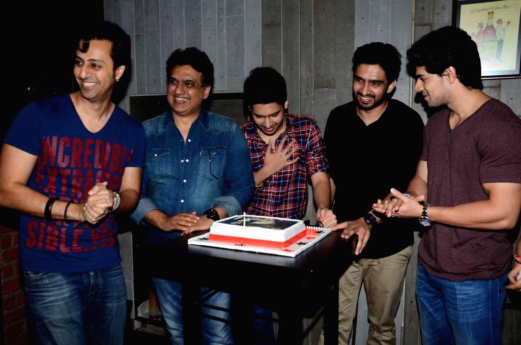 Singer Armaan Malik with music composers Salim Merchant, Daboo Malik, singer Amaal Malik and actor Sooraj Pancholi during his birthday party in Mumbai, on July 22, 2015. - Sooraj Pancholi