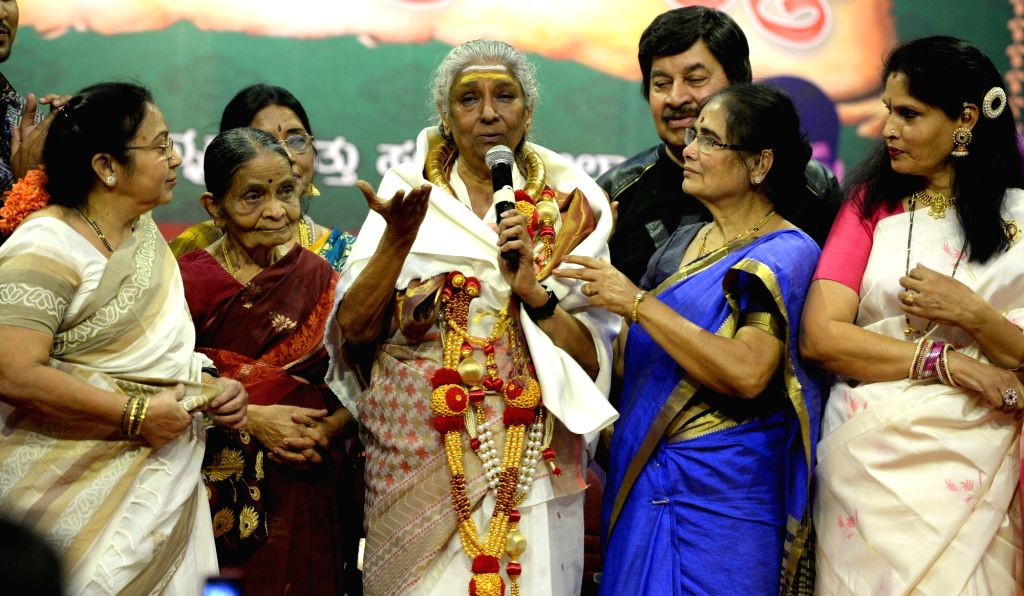 "Singer Dr. S Janaki being felicitated during ""Olavina Priyalate"" musical programme organised by Sangeeta Ganga Institute in Bengaluru on March 11, 2017."