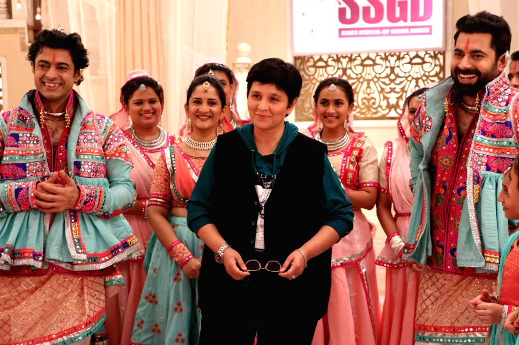 "Singer Falguni Pathak in stills from Garba Brothers - Jigar Soni and Suhrad Soni's video song ""Radha Ne Shyaam"" - a track that promotes the true essence of authentic Garba. - Falguni Pathak"