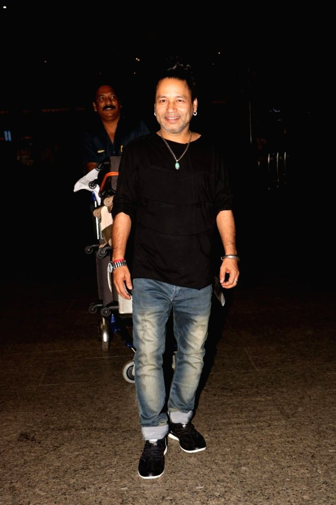 Singer Kailash Kher spotted at airport, on June 23, 2017. - Kailash Kher