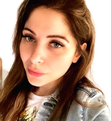 """Singer Kanika Kapoor of """"Baby Doll"""" fame on Friday announced that she has tested positive for the novel coronavirus. She might be the first Indian celebrity to have become victim of COVID-19. - Kanika Kapoor"""