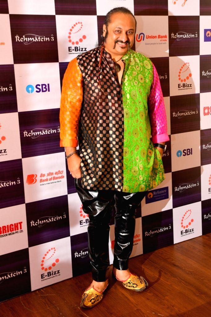 "Singer Leslie Lewis during the musical concert  ""Rehmatein 3"" in Mumbai."