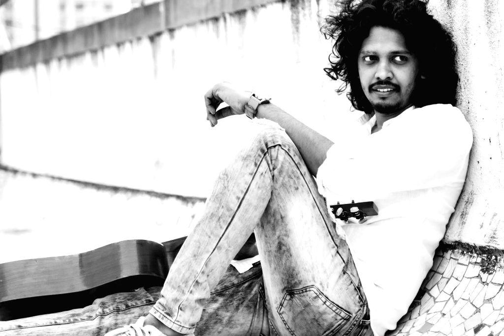 "Singer Nakash Aziz has lent his voice to the new version of ""Bheegi bheegi raaton mein"", which was originally sung by legends Lata Mangeshkar and Kishore Kumar for the 1974 film ""Ajanabee"". - Kishore Kumar"