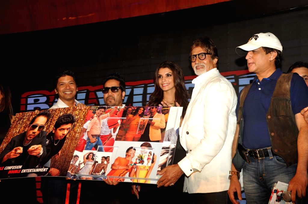 Singer Shaan, Mika Singh, actors Gabriela Bertante and Amitabh Bachchan during the music launch of film Balwinder Singh Famous Ho Gaya in Mumbai, on Sept 9, 2014. - Gabriela Bertante, Amitabh Bachchan and Mika Singh