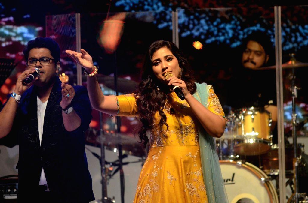 Singer Shreya Ghoshal performs during the Centenary celebration ceremony of Saraswat Bank in Mumbai on Sept 15, 2018. - Shreya Ghoshal