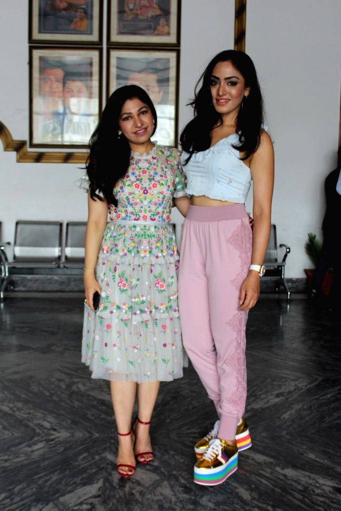 Singer sisters Tulsi Kumar and Khushali Kumar at the inaugural programme of the third session of Gulshan Kumar Film and Television Institute of India (GKFTII), in Noida on July 21, 2018. - Tulsi Kumar, Khushali Kumar and Gulshan Kumar Film
