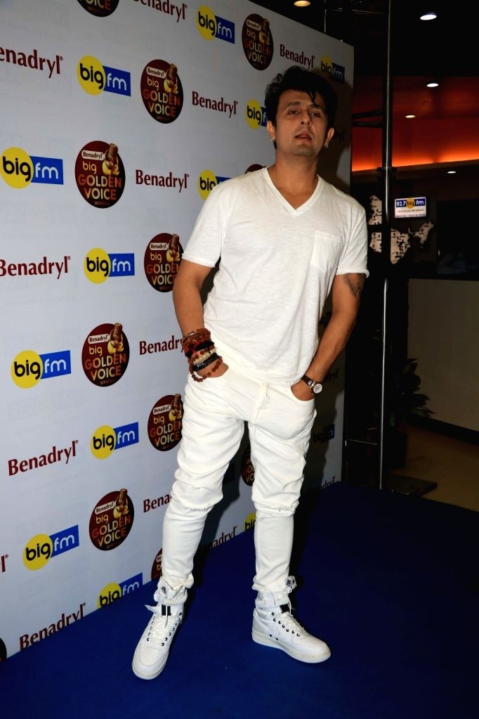 "Singer Sonu Nigam as a judge of Big FM's on-air singing talent show ""Benadryl Big Golden Voice"" Season 6 in Mumbai on Dec 4, 2018. - Sonu Nigam"