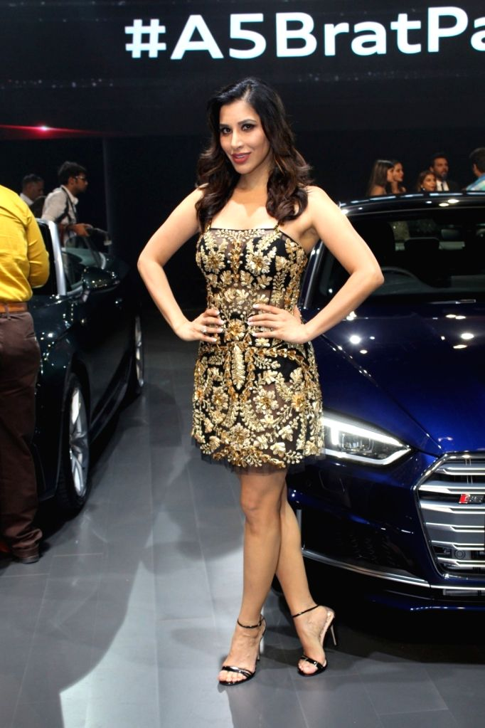 "Singer Sophie Choudry at red carpet of ""Luxury & Fashion As Hello! & Audi"" in Mumbai on Oct 5, 2017."