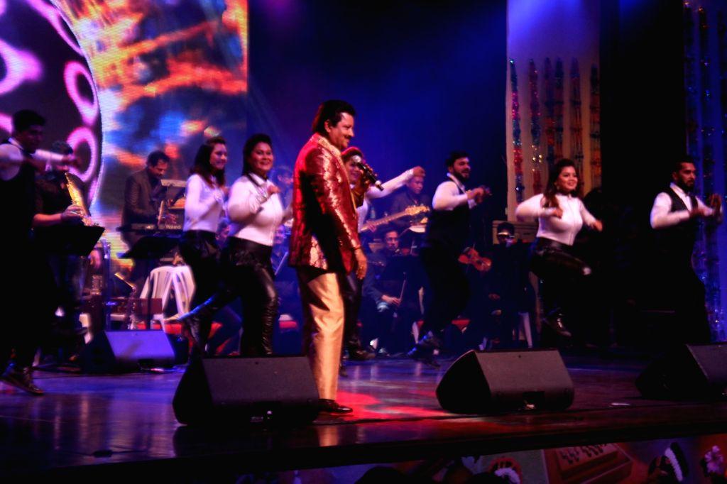Singer Udit Narayan during a concert in Mumbai on May 4, 2019.