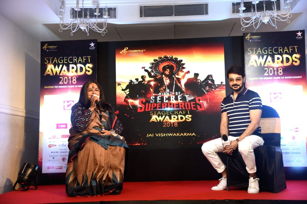 Singer Usha Uthup and actor Prosenjit Chatterjee at the 'StageCraft Awards 2018', in Kolkata, on Sept 17, 2018. - Prosenjit Chatterjee
