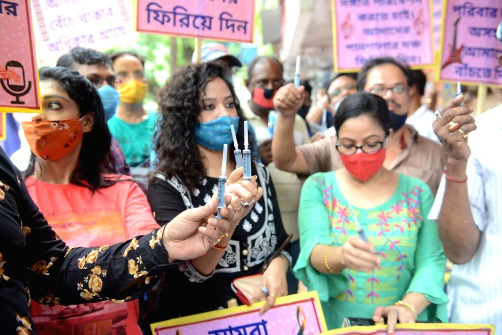 Singers and musicians of BAR and restaurants took part in a protest and demanded to resume their jobs during the lockdown on the Coronavirus pandemic in Kolkata on Tuesday 15 June 2021.