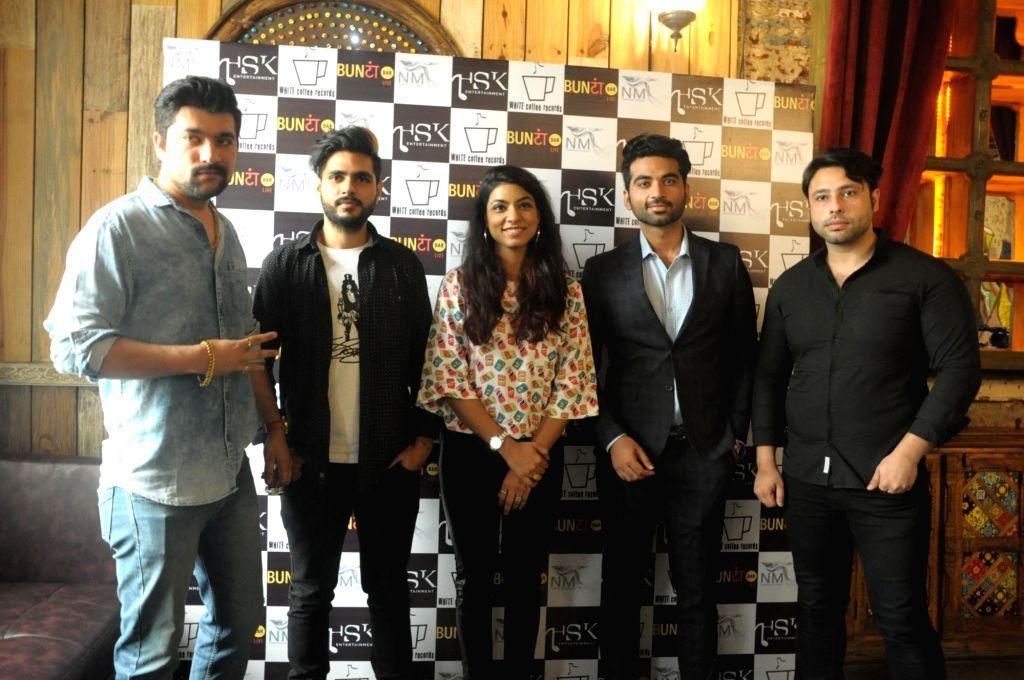 "Singers Himani Kapoor, Chirag Dahiya and music director Manan Bhardwaj during the song launch ""Ve Sajna"" in New Delhi on July 13, 2018. - Manan Bhardwaj and Himani Kapoor"