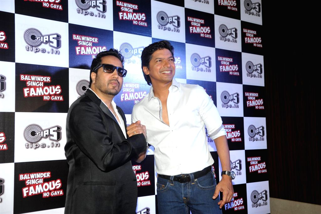 Singers Shaan and Mika Singh during the music launch of film Balwinder Singh Famous Ho Gaya in Mumbai, on Sept 9, 2014. - Mika Singh