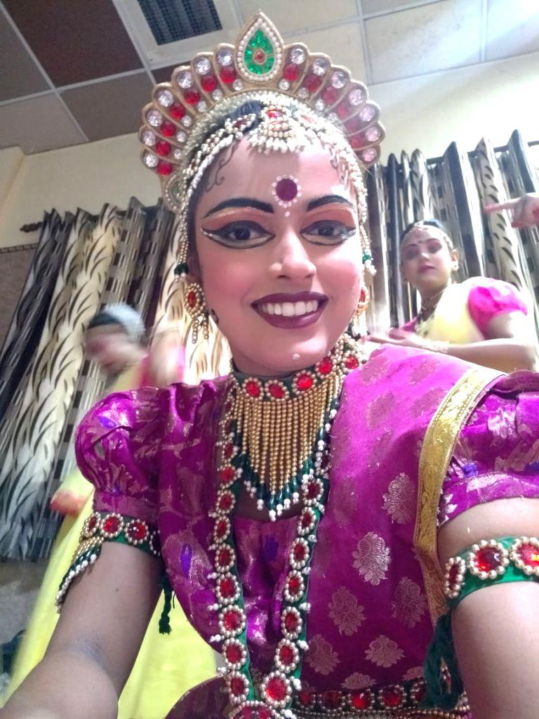 Sita' of Delhi's Ramlila preparing for defense, 'Ram' works in bank