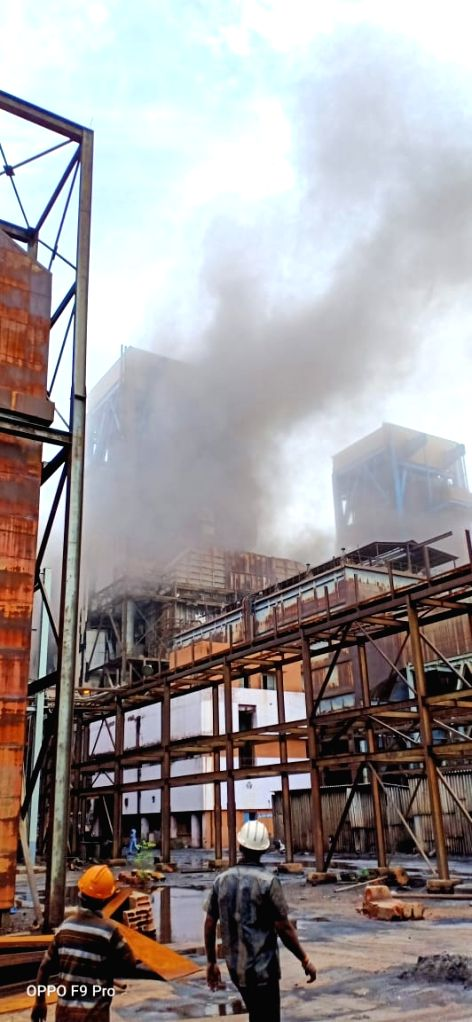 Six workers were killed and 17 others injured when a boiler in a thermal power unit (TPS II) of NLC India Ltd's integrated mining-cum-power plant exploded in Neyveli in Cuddalore district ... - K. Palaniswami