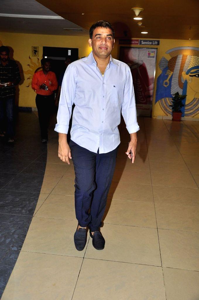 Size Zero Movie Premiere show at Cinemax in Banjara Hills at Hyderabad