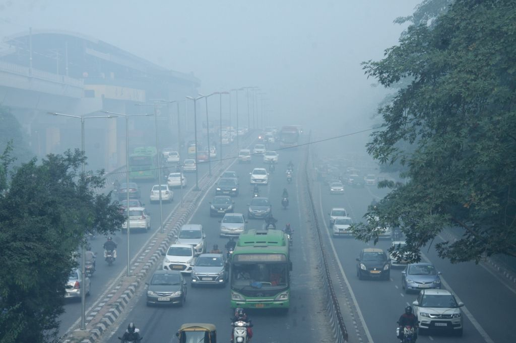Smog engulfs the national capital as the air quality worsens, on Nov 15, 2019. The air pollution emergency in Delhi has aggravated with the air quality index (AQI) spiking sharply to 528 ...
