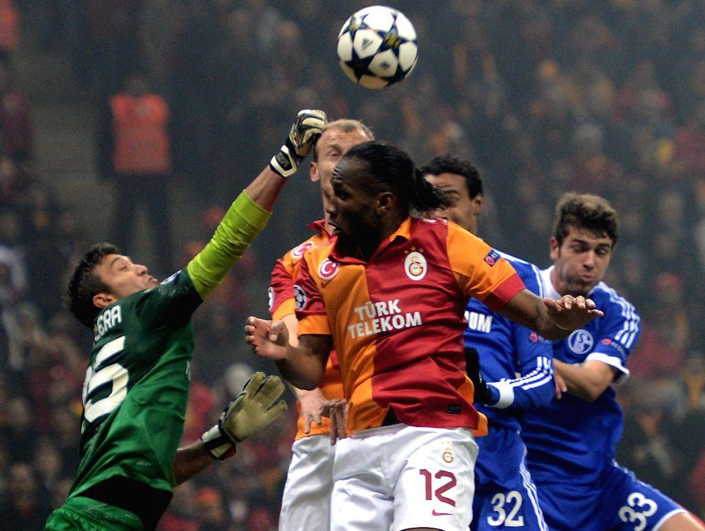:Soccer, UEFA Champions League, Saison 2012/13, Round of last 16, First Leg, Galatasaray SK Istanbul - FC Schalke 04, Wednesday, 20 February 2013, Tuerk Telekom Arena, Istanbul (Turkey): Istanbuls ...