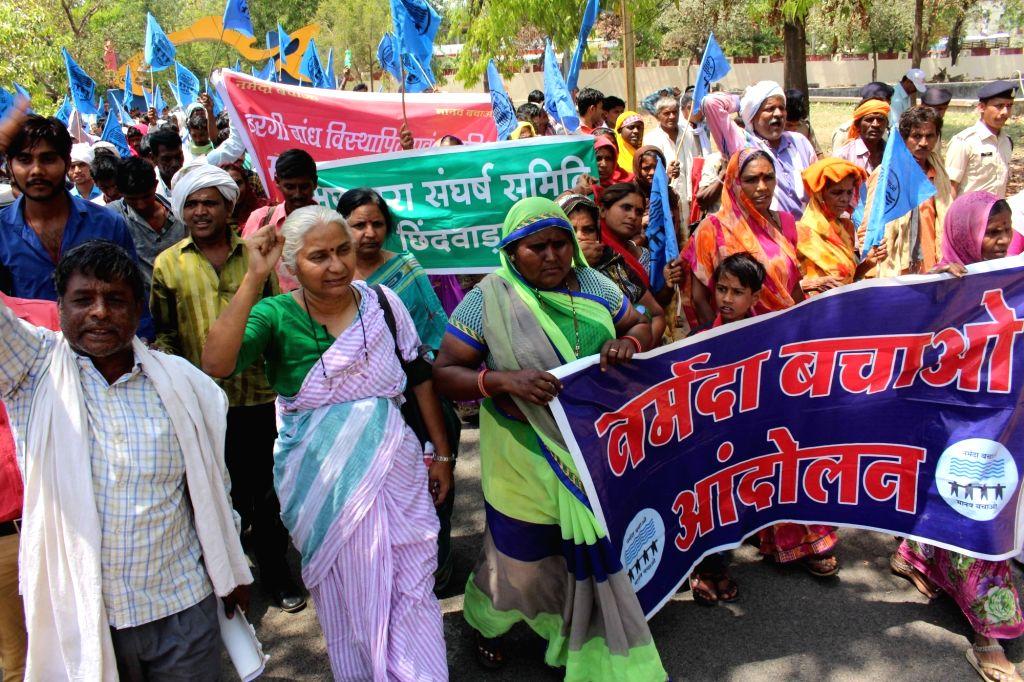 Social activist Medha Patkar along with fisher-folk participates in Narmada Bachao Andolan (NBA) rally , in Bhopal on April 5, 2018.