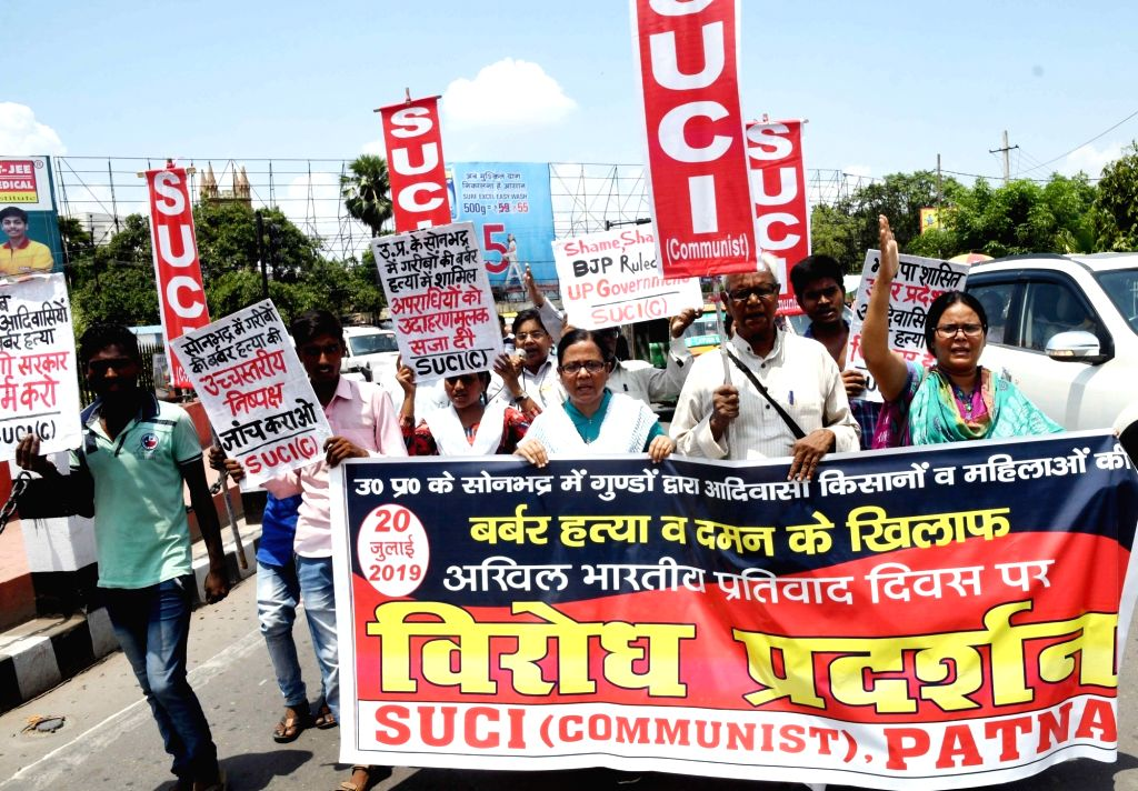 Socialist Unity Centre of India (SUCI) activists stage a demonstration against the killings of 10 tribal farmers allegedly over a land dispute in Uttar Pradesh's Sonebhadra district; in Patna ...