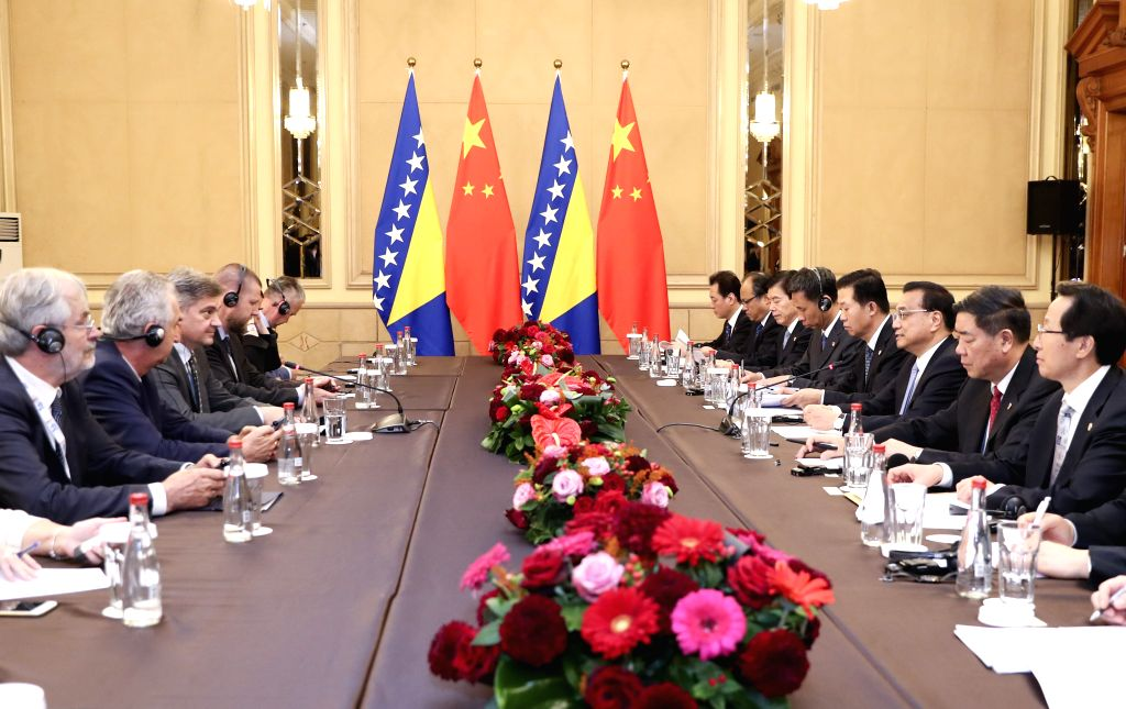 SOFIA, July 7, 2018 - Chinese Premier Li Keqiang meets with Bosnia and Herzegovina (BiH) Chairman of the Council of Ministers Denis Zvizdic in Sofia, Bulgaria, July 7, 2018. - Denis Zvizdic