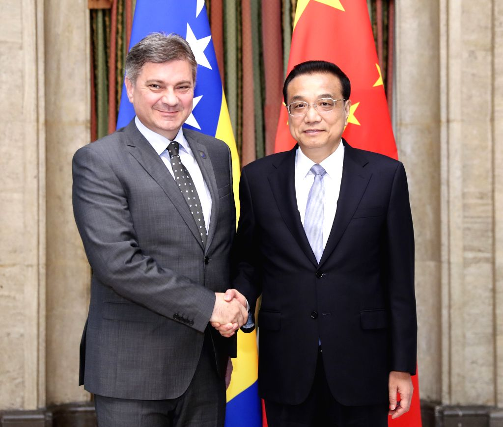 SOFIA, July 7, 2018 - Chinese Premier Li Keqiang (R) meets with Bosnia and Herzegovina (BiH) Chairman of the Council of Ministers Denis Zvizdic in Sofia, Bulgaria, July 7, 2018. - Denis Zvizdic