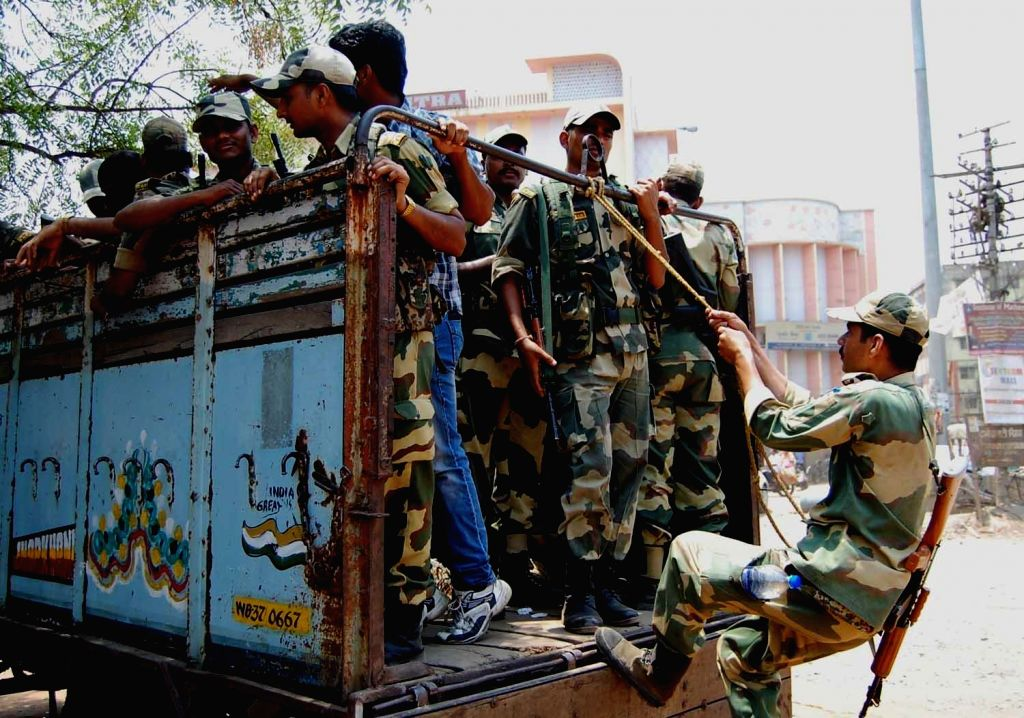 Soldiers deployed on election duty on the eve of 8th phase of 2014 Lok Sabha polls in Asansol of West Bengal on May 6, 2014.
