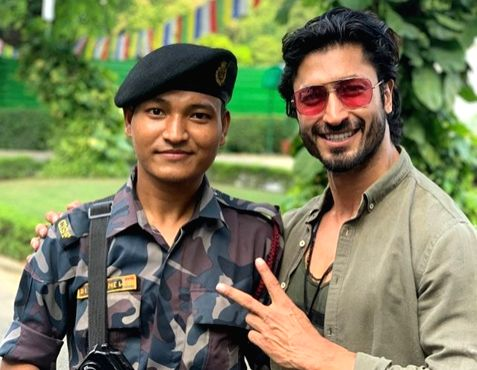 Soldiers deserve our respect, says Vidyut Jammwal.
