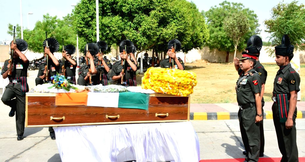 Soldiers pay their last respect to martyr Subedar Bhoop Singh who was killed in a 'fidayeen' attack on an army camp in Jammu and Kashmir's Kupwara district; in Jaipur on April  28, 2017. - Subedar Bhoop Singh