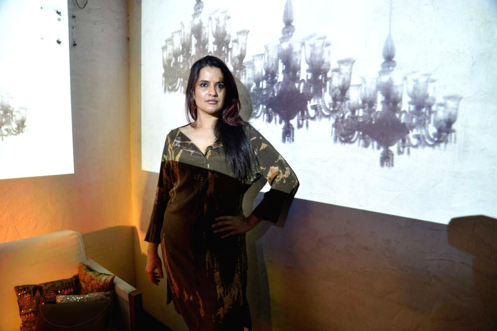 Sona Mohapatra collaborates with painter Asit Kumar Patnaik - Asit Kumar Patnaik