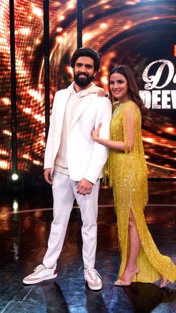 Sonakshi, Amaal Malik all set to appear on 'Dance Deewane'. - Malik