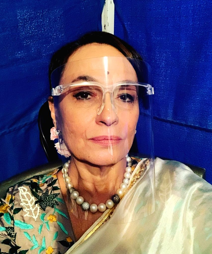 Soni Razdan: Semi or half face shields are order of the day for actors.