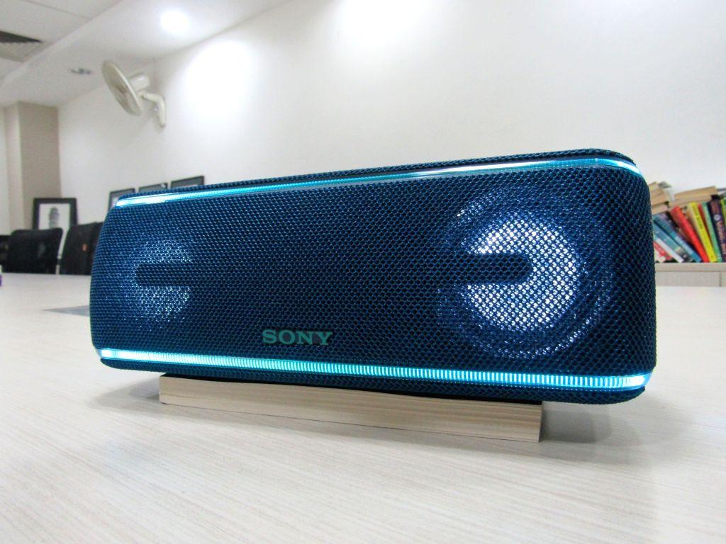 Sony SRS-XB41 Bluetooth speakers.