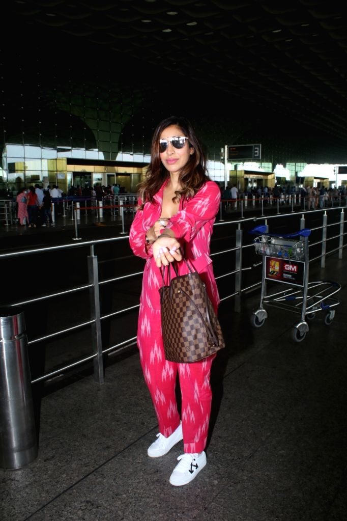 Sophie Choudry Spotted At Airport Departure on 04 october,2021.