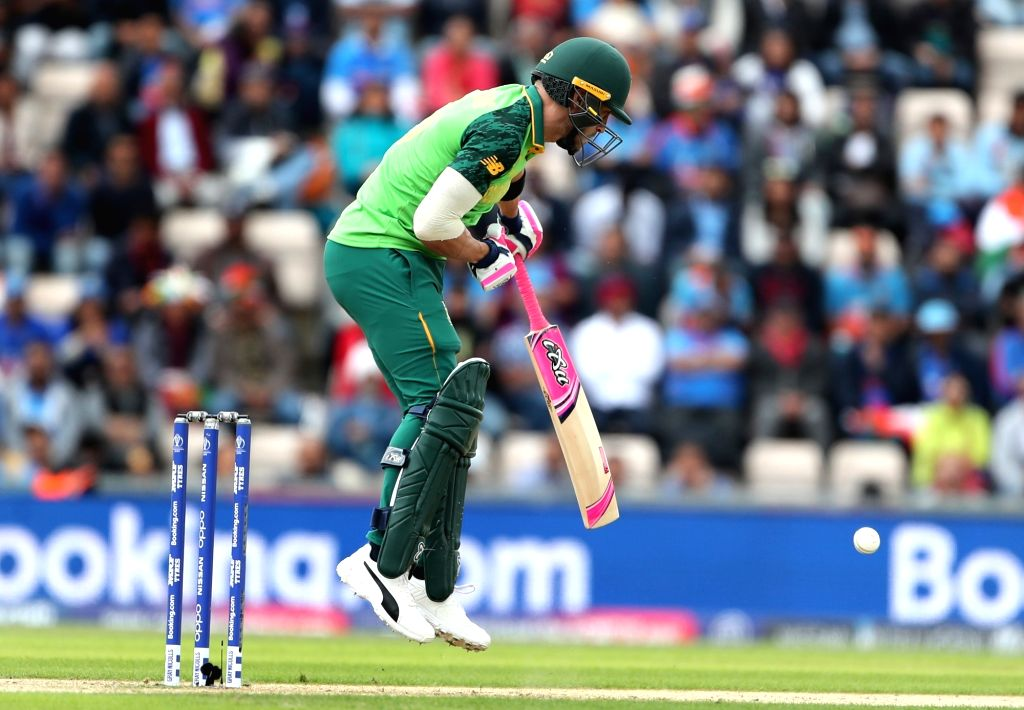 South Africa's Faf du Plessis in action during the 8th match of 2019 World Cup between India and South Africa at The Rose Bowl in Southampton, England on June 5, 2019.