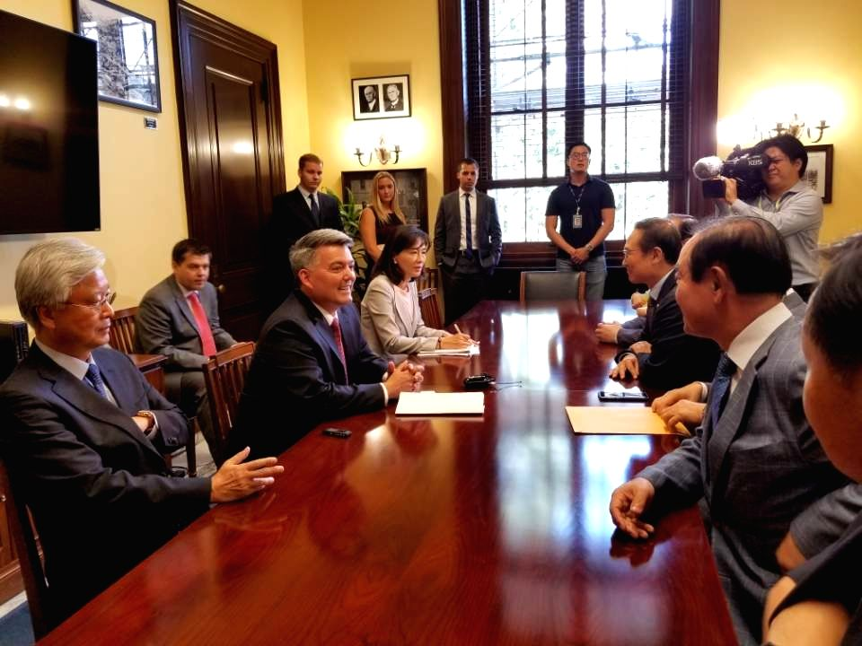 South Korea's parliamentary delegation meets Sen. Cory Gardner (2nd from L), chairman of the U.S. Senate Foreign Relations Subcommittee on East Asia and the Pacific, in Washington on July ...